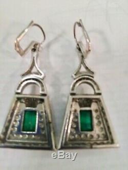 1930s Vintage Deco Art Nouveau Gold & Emerald 2.00 Ctw. Diamond Ear