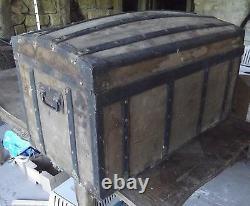 Old Travel Box Malle Basket Wedding Kit Vintage Bombé 1900