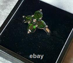 Sterling Silver & Peridot Vintage Art Deco Ancient Flower Ring