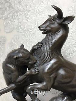 Strike Awesome Vintage Bronze Lioness Hunt Prey Buffalo Sculpture Signed