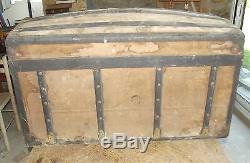 Ancien Coffre de Voyage Malle Panier Trousseau de Mariage Vintage Bombé 1900