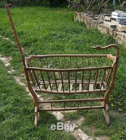 Ancien grand Berceau Bois Col de Cygne Oie Vintage 1900 Région Bourgogne France