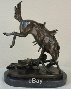 Bronze Vintage Métal Art Cowboy Ouest Ranch Statue Cheval Décor Signé Figurine