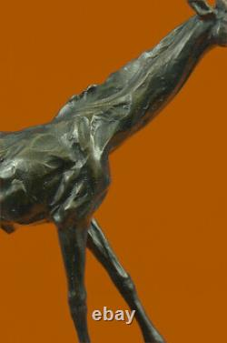 Européen Bronze Girafe Serre-Livre Fin Marbre Base Rare Vintage Art Fonte