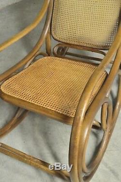 Fauteuil Rocking Chair Thonet Art nouveau 1900 art deco vintage