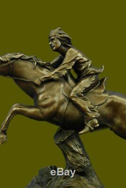 Main Européen Bronze Sculpture Vintage Armor Indien Guerre Chef sur Cheval Art