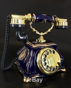 Rare modèle de téléphone vintage de style art nouveau en porcelaine de Limoges