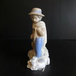 Statue REX VALENCIA SPAIN porcelaine personnage vintage art déco fait main N5099