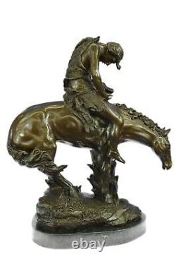 Vintage Bronze/Fonte Fin De The Trail Indien Sur Cheval Art Nouveau Vitaleh
