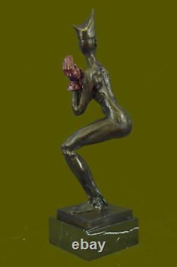 Vintage Numérotée Art Déco Bouffon Lady Statue Fabriqué Par Lost Cire Méthode