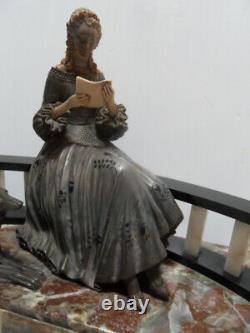 Vintage Statue chryselephantine art nouveau Elegante au levrier by R. Lullier