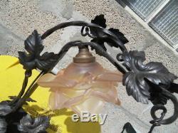 Vintage lamp lampe art nouveau fer forgé tulipe rose gravé Tchecoslovaquie