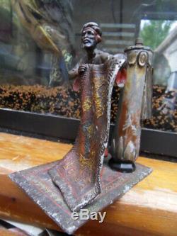 Vintage pyrogenic ancien pyrogene art nouveau personnage oriental vendeur tapis